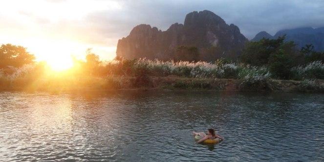 Tubing-in-Vang-Vieng-Laos